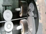 自转公转式除锈设备